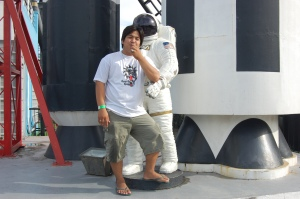 si roy at ang austronaut :)