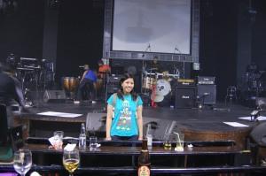 maida sa harap din ng stage:)